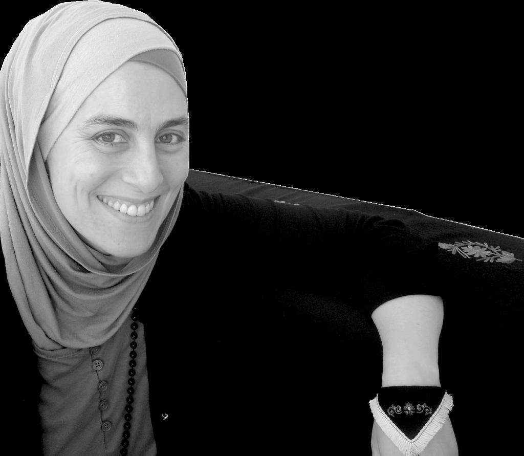 Portrait de la créatrice du site brodeusesmyrifik.com